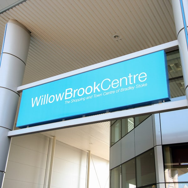 Illuminated Signs For Shopping Centres