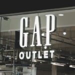 Rimless lettering for Gap in a shopping centre